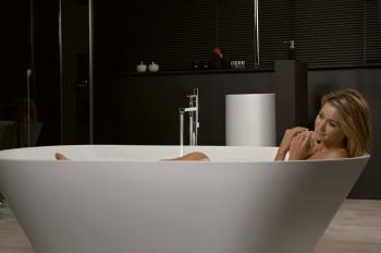 Half Vrijstaand Bad : Creëer een ruimtegevoel met een vrijstaand bad nieuws lafiness